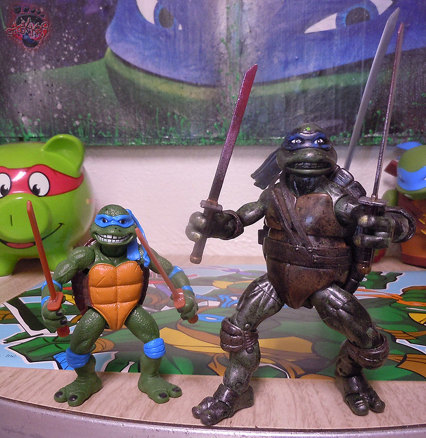 "Nickelodeon ""HISTORY OF TEENAGE MUTANT NINJA TURTLES"" FEATURING LEONARDO - 'MOVIE STAR' LEO x / ..with TMNT Classics 1990 MOVIE LEONARDO '14 (( 2015 ))"