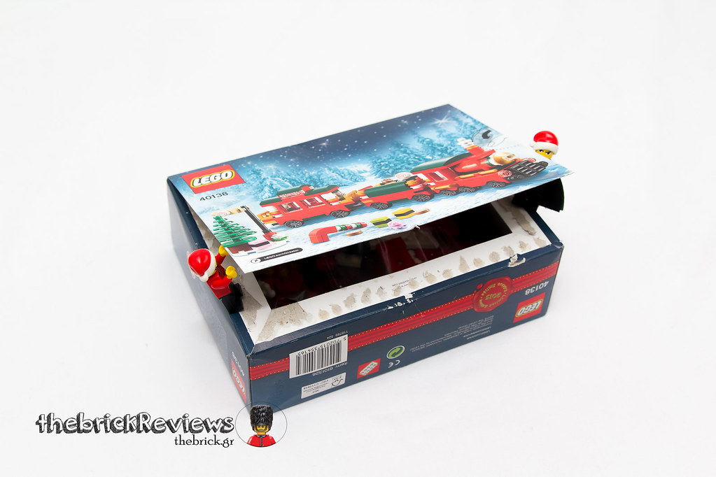 ThebrickReview: Christmas Train - 40138 - Limited Edition 2015 23719016285_c549cdd329_b