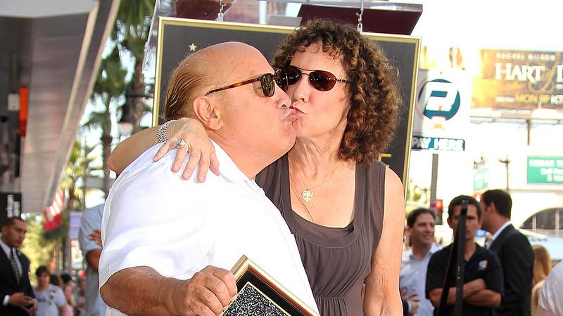Новые фото Дэнни Де Вито с женой