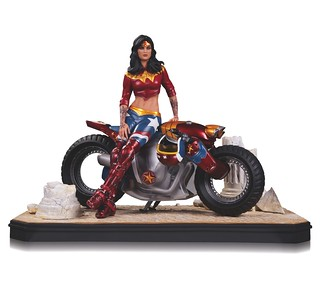 DC Collectibles【暴走族神力女超人】Wonder Woman 全身雕像作品