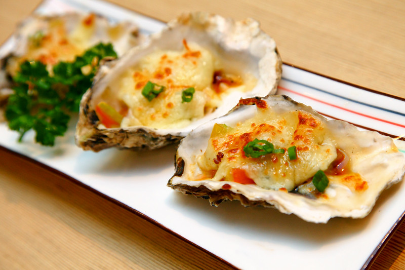 Cheese-Baked-Oysters