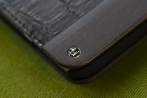 UUNIQUE Wooden Case with Maxi Croc iPhone_02
