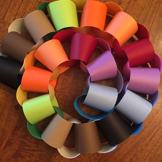 December 7: Make a Paper Garland for the Tree #mongrainadvent2015