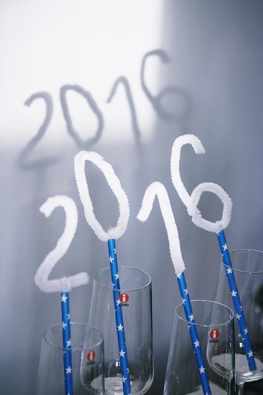 Uuden vuoden koristeet Kaikki Paketissa