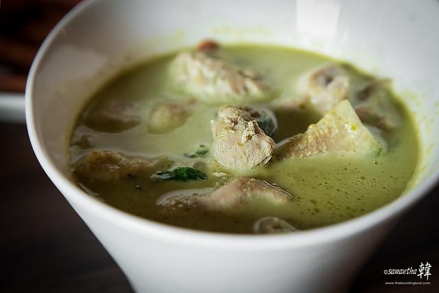 Thai Pavilion Green Curry Chicken-4843-