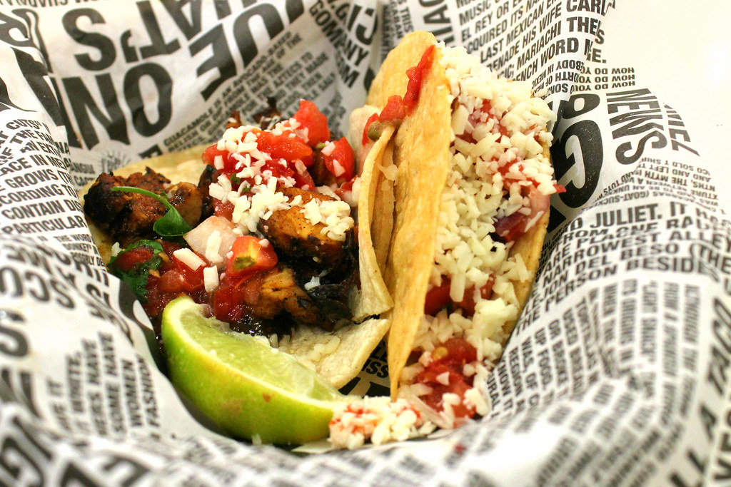 Lunch Places in Raffles Place: Guzman Y Gomez