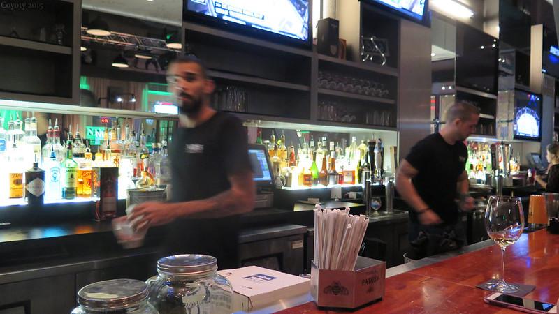 NIXS' bar