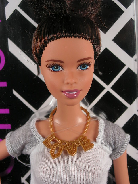2014 Barbie Fashionistas CLN64 (1)