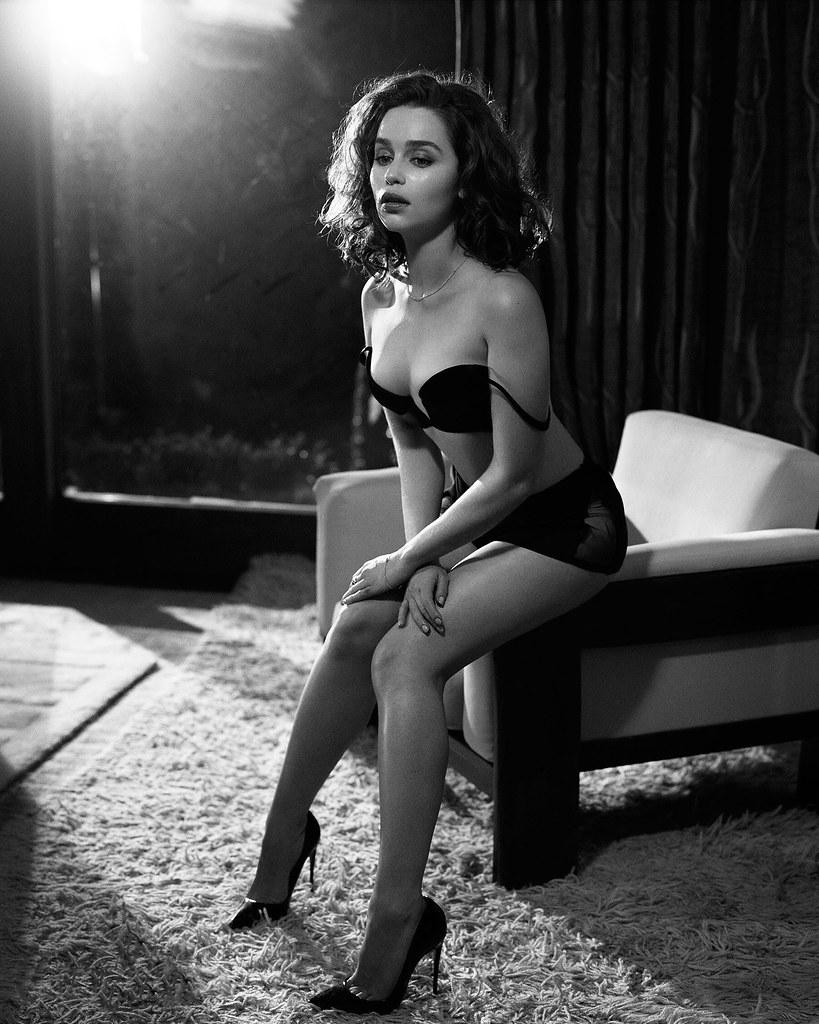 Эмилия Кларк — Фотосессия для «Esquire» 2015 – 8