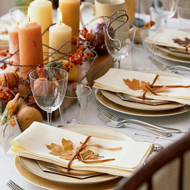 Thanksgiving Tablescapes | Fall Pumpkins Dinner Table