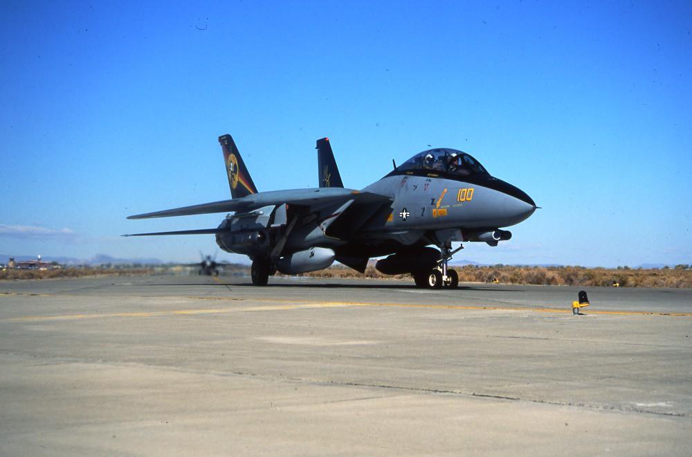 Grumman F-14D 164600 VF-31 CVW-14 Fallon 24Oct97 RJF
