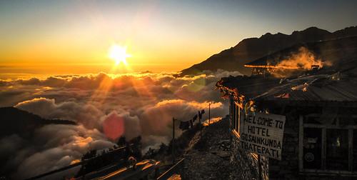 nepal sunset clouds trekking canon hotel hiking kathmandu himalaya teahouse gosainkunda helambu g10 thatepati