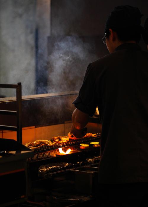 Manmaru-Robatayaki-Grilling-Food