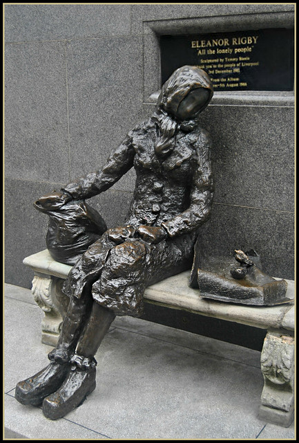 Eleanor Rigby statue restored ( 3 Views )