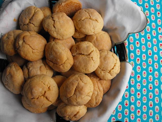 Biscoitos com queijo creme