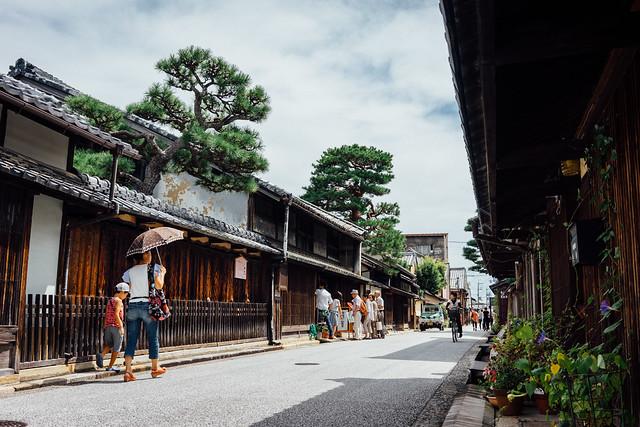 Shinmachi-doori_02