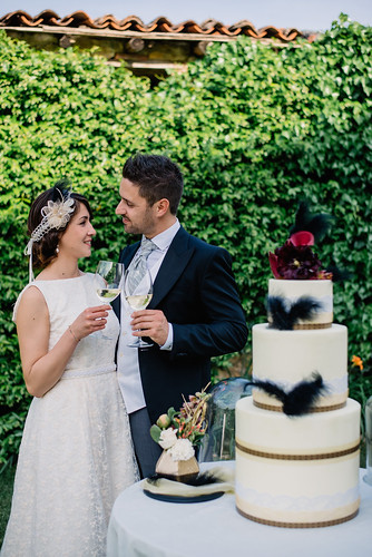 Chic vintage wedding in the countryside