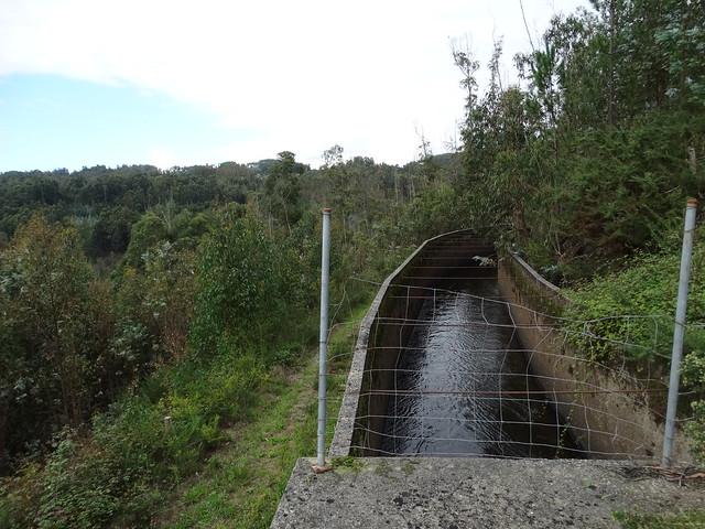 Canal en la Ruta de Ambalasaugas a Ás Pías
