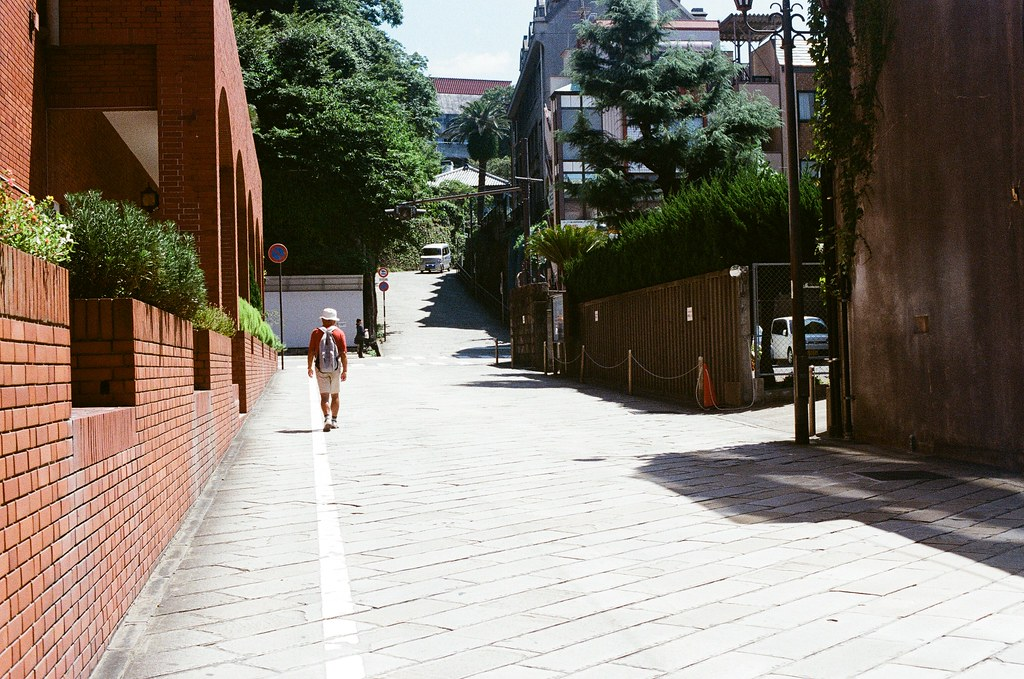 荷蘭坂 長崎 Nagasaki 2015/09/08 前方就是荷蘭坂  Nikon FM2 / 50mm Kodak UltraMax ISO400 Photo by Toomore