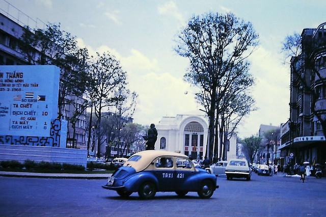 SAIGON 1968 - Vòng xoay Công trường Lam Sơn - Lam Son Square Roundabout