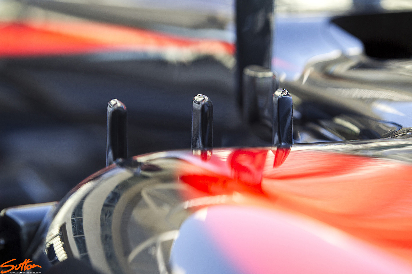 mp4-30-sidepod