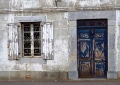 Vieilles porte et fenêtres... - Photo of Cantaous