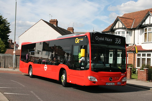 Metrobus MEC58 on Route 358, Elmers End Green