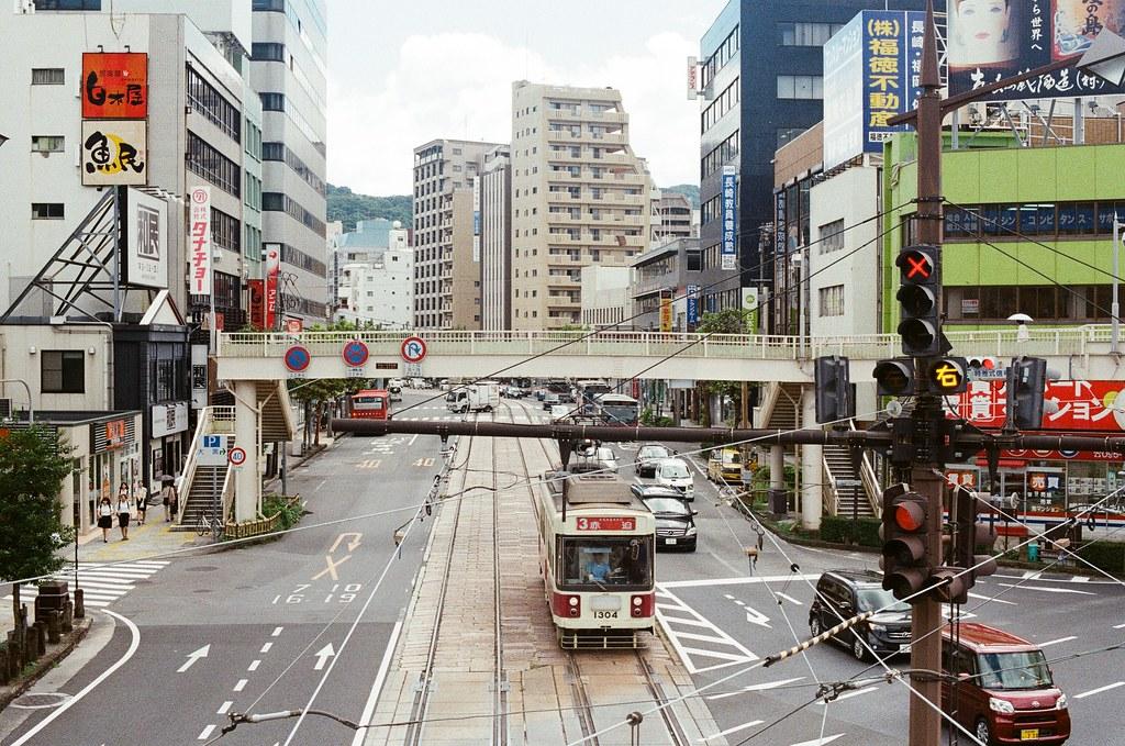 路面電車 長崎 Nagasaki 2015/09/07 路面電車  Nikon FM2 / 50mm Kodak UltraMax ISO400 Photo by Toomore