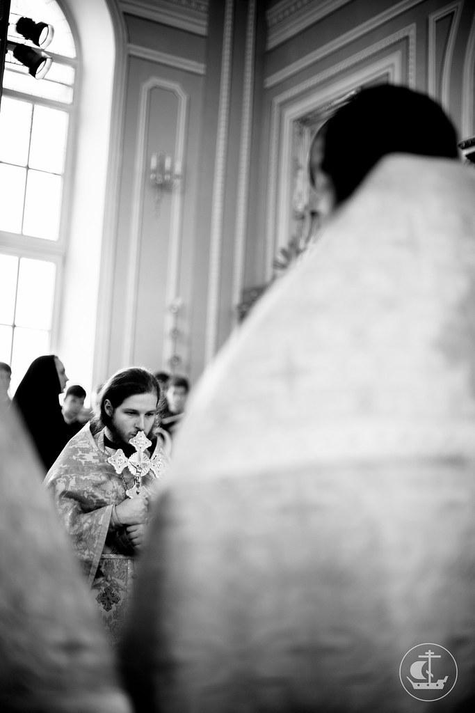 18 октября 2015, Литургия в Неделю 20-ю по Пятидесятнице, по Воздвижении / 18 October 2015, Liturgy on the 20th Sunday after Pentecost, Afterfeast of the Exaltation of the Cross