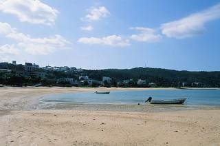Image of Renaissance Beach (ルネッサンスビーチ) Renaissance Beach. japan 35mm nikon fuji velvia okinawa nikkor fm2 iso50 rvp50