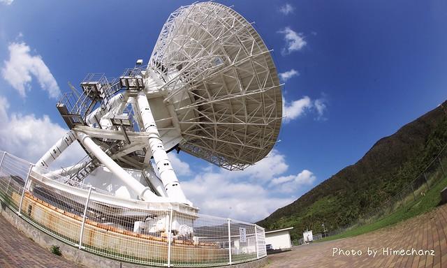 どこから見てもカッコイイ電波望遠鏡!