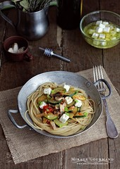 Pasta with vegetables and feta cheese