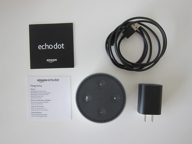 Amazon Echo Dot - Box Contents