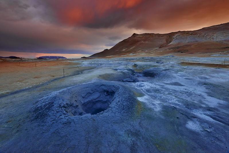 Mud pots - Myvatn
