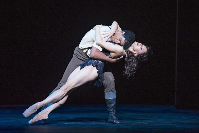 Marianela Nuñez and Carlos Acosta in Carmen © 2015 ROH. Photo by Tristram Kenton