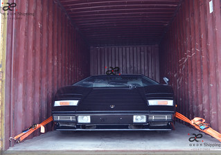 Lamborghini Countach shipping / export from Dubai UAE