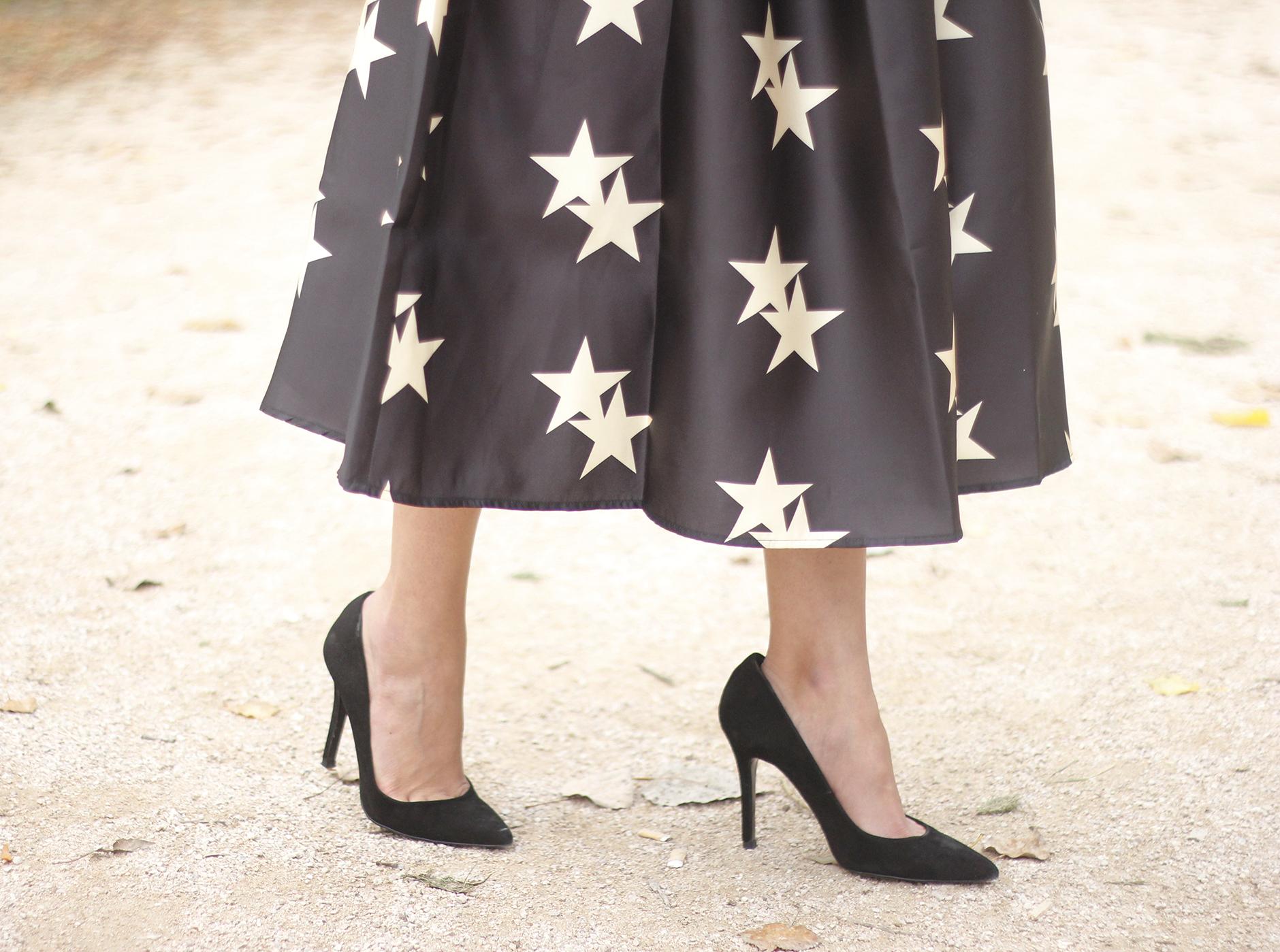 Star Print Dress sunnies heels outfit16