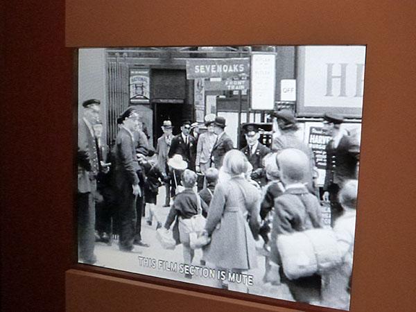 évacuation d'enfants à Londres