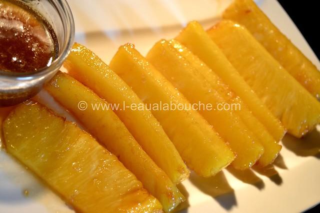 Ananas Caramélisés & Flambés © Ana Luthi Tous droits réservés 012
