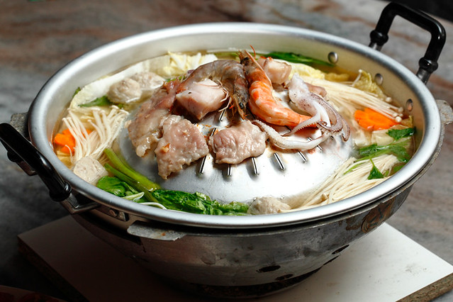 Salasabaii Pork Seafood Mookata