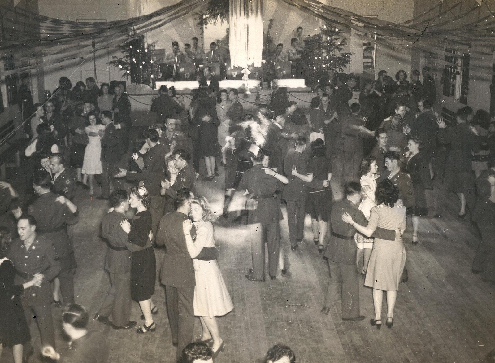WWII Dance - 1942