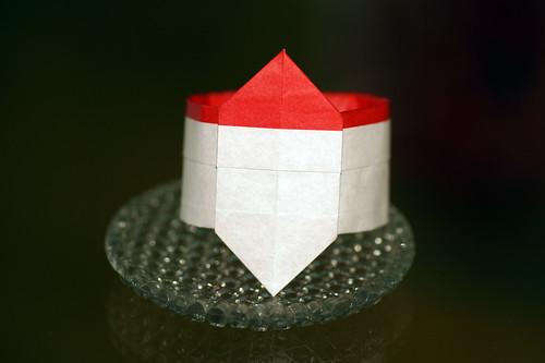 Origami Napkin' ring with a Santa Claus (Akemi Ikeda)
