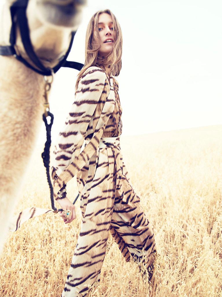 Жозефин Ле Тутур — Фотосессия для «Neiman Marcus» 2015 – 4