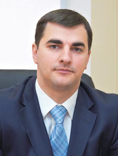 Максим Хмель