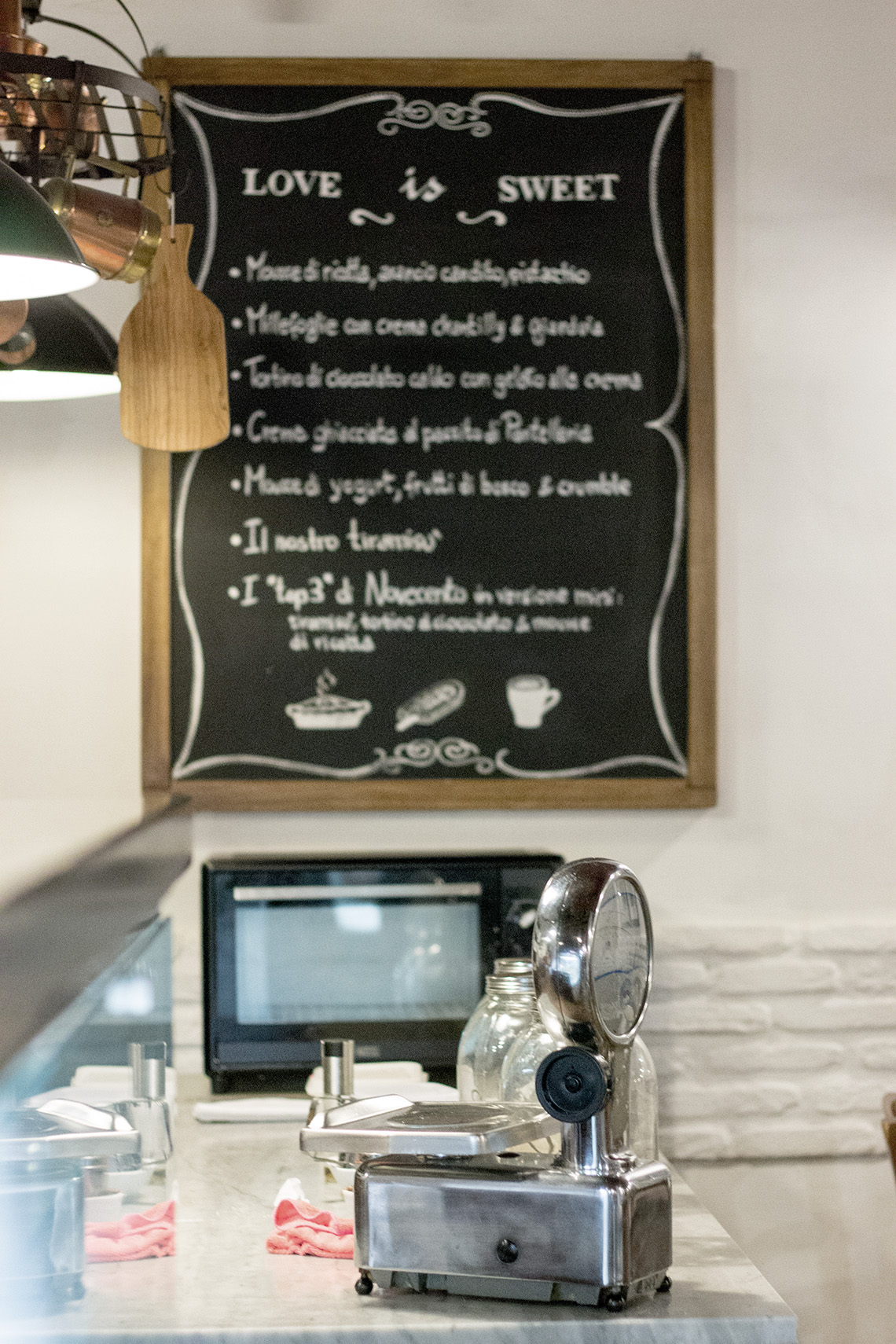 ristorante novecento roma dressing and toppings