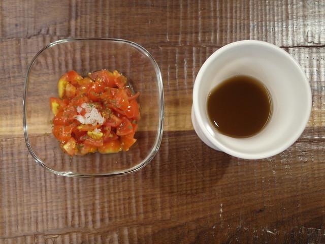 番茄沙拉+有機麥茶@棉花田有機餐廳