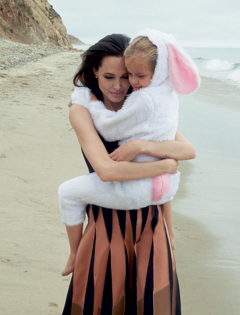 Анджелина Джоли — Фотосессия для «Vogue» 2015 – 5