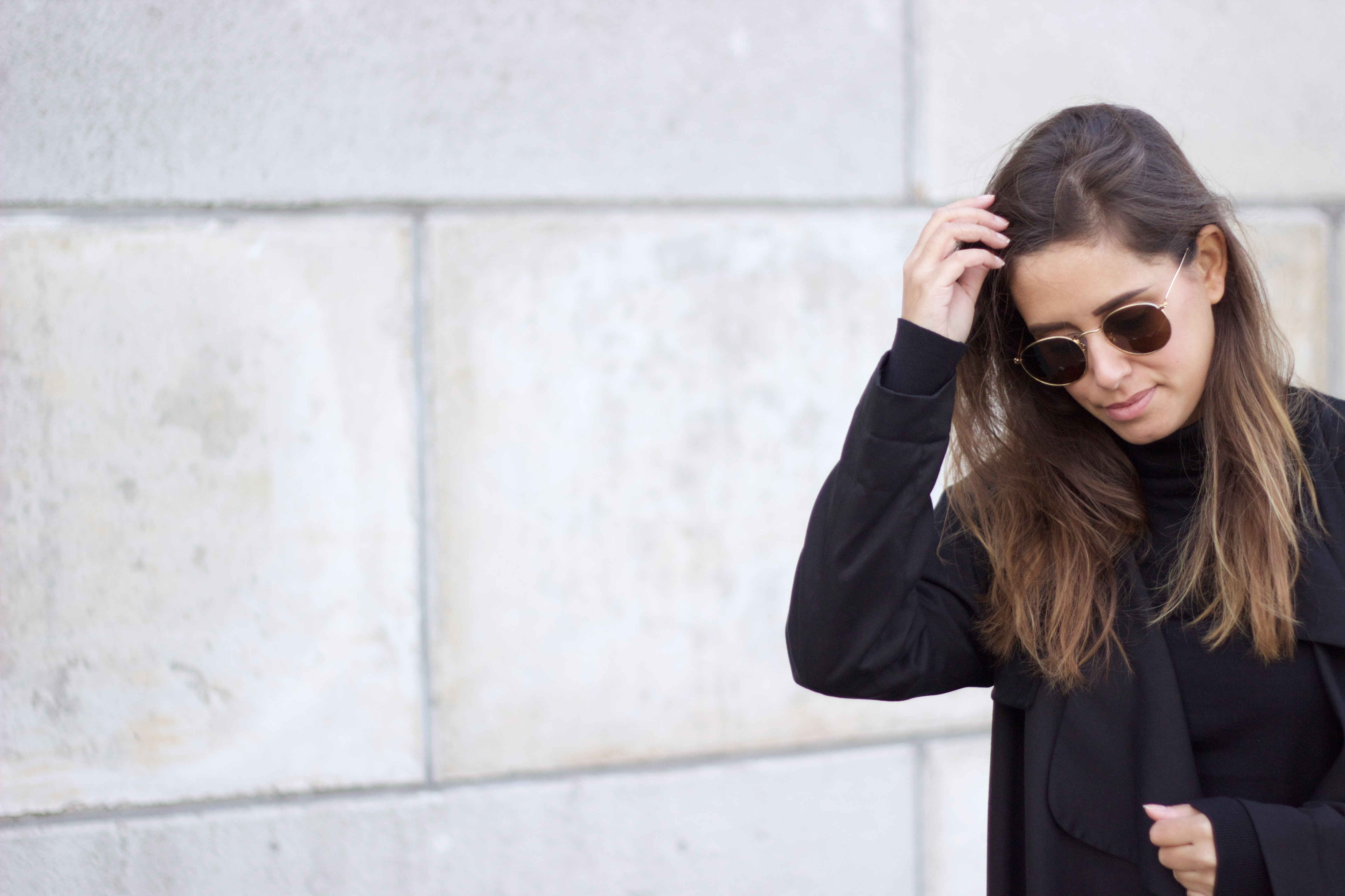 streetstyle-sunglasses-turtle-neck-fashion-style