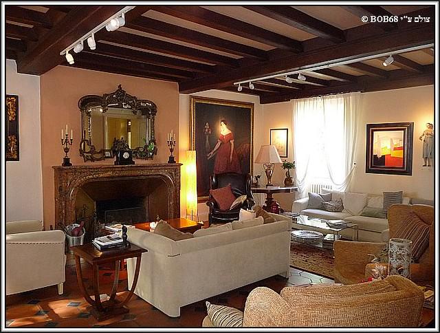 חדר ההסבה ב- Domaine de Rasigous בשעת הצהריים