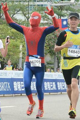 Spiderman in Taipei Marathon (9)